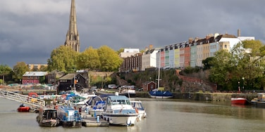 St. Mary Redcliffe Church showing a bay or harbor