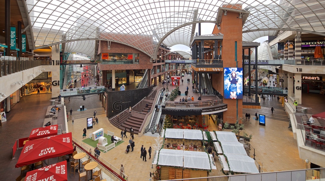 Cabot Circus Shopping Centre showing interior views and shopping