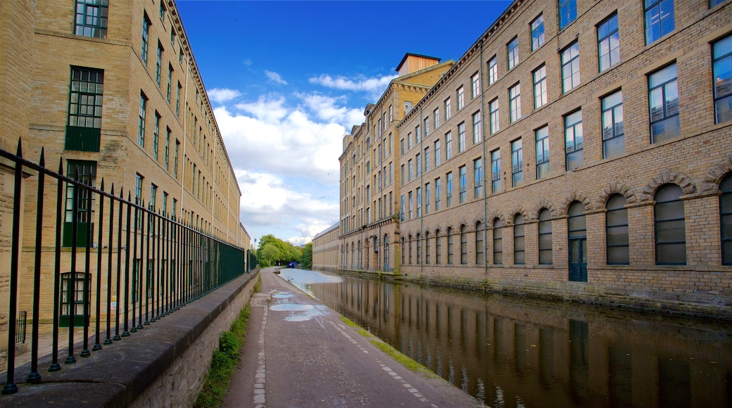 Salts Mill showing a river or creek