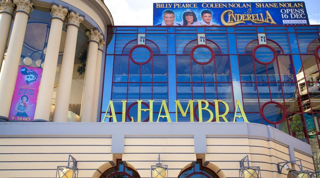 Teatro Alhambra que incluye señalización
