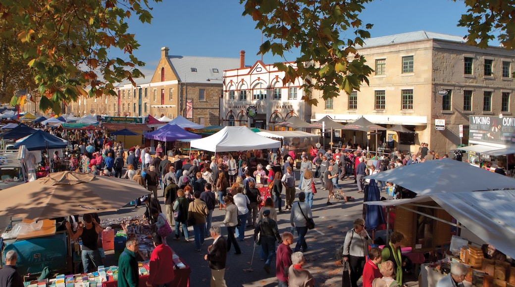 Hobart showing markets as well as a large group of people