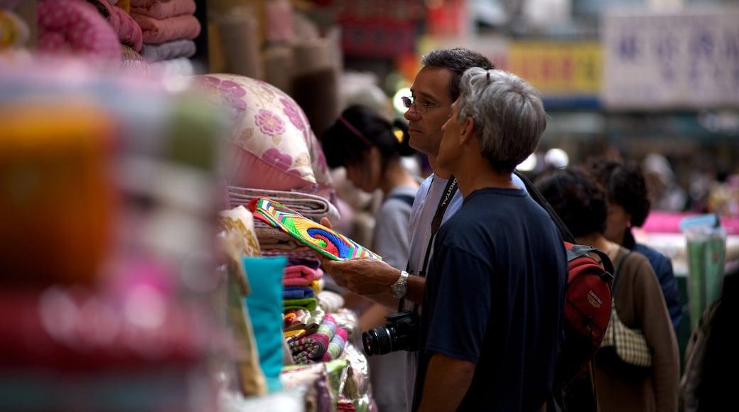 南大門市場 设有 城市, 街道景色 和 市場