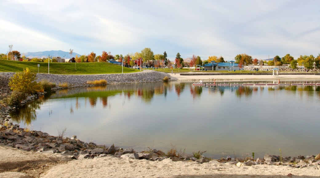 Sparks Marina Park featuring a park, landscape views and a pebble beach