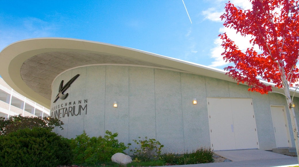 Fleischmann Planetarium and Science Center showing modern architecture