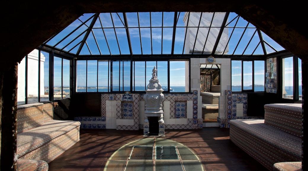 Hauteville House mostrando elementos de patrimônio, uma casa e vistas internas