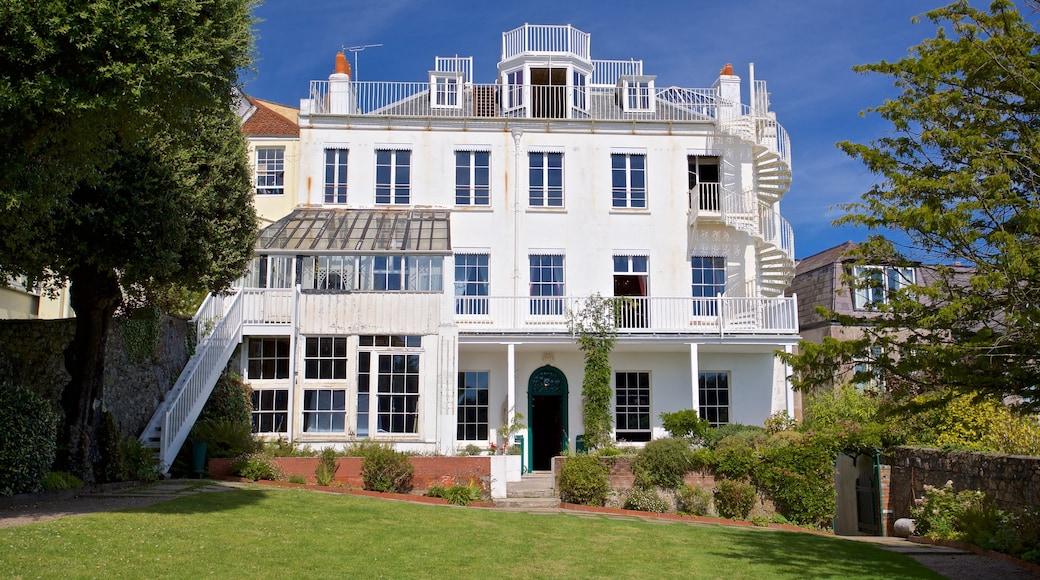 Hauteville House mostrando uma casa