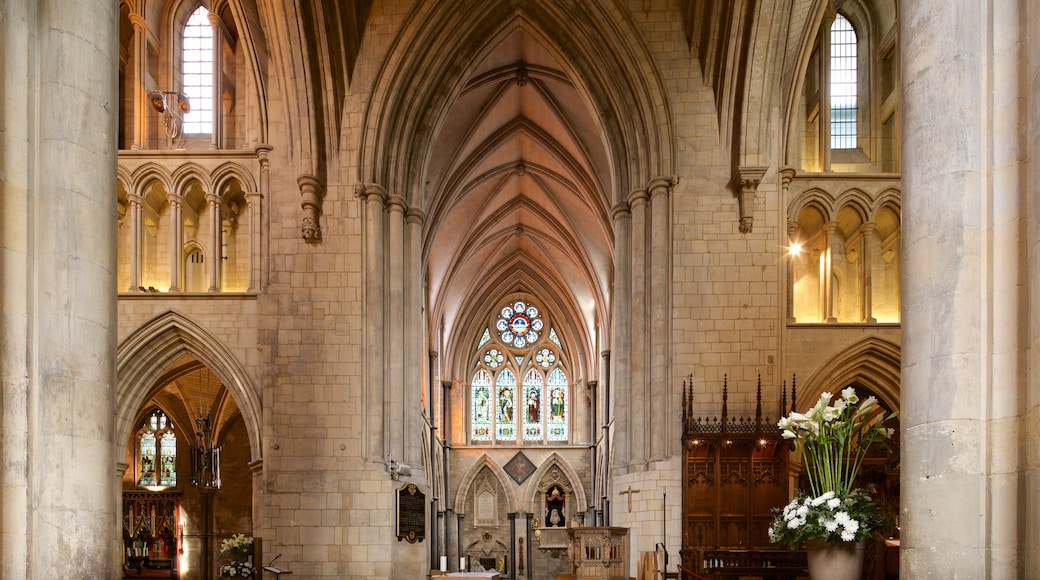 Southwark Cathedral which includes a church or cathedral, heritage elements and interior views