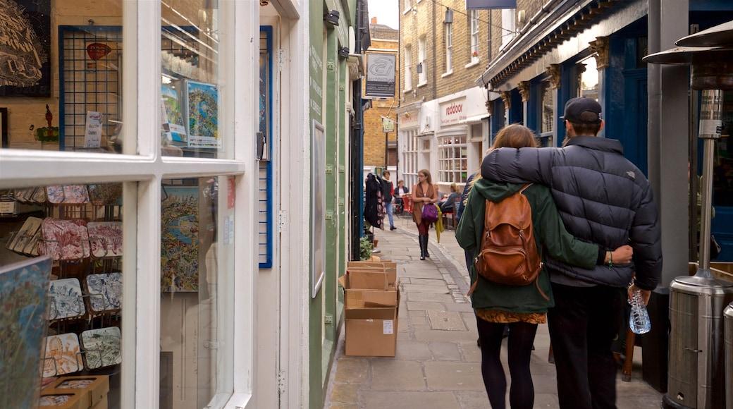 Greenwich Market showing street scenes as well as a couple
