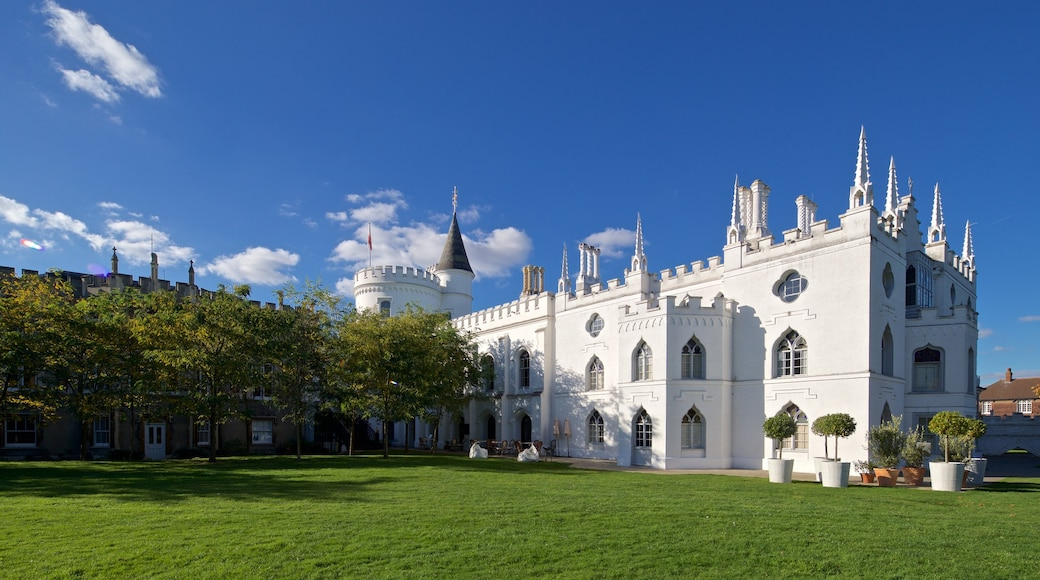 Strawberry Hill showing a castle, heritage architecture and a garden
