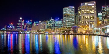 Darling Harbour showing city views, a city and night scenes