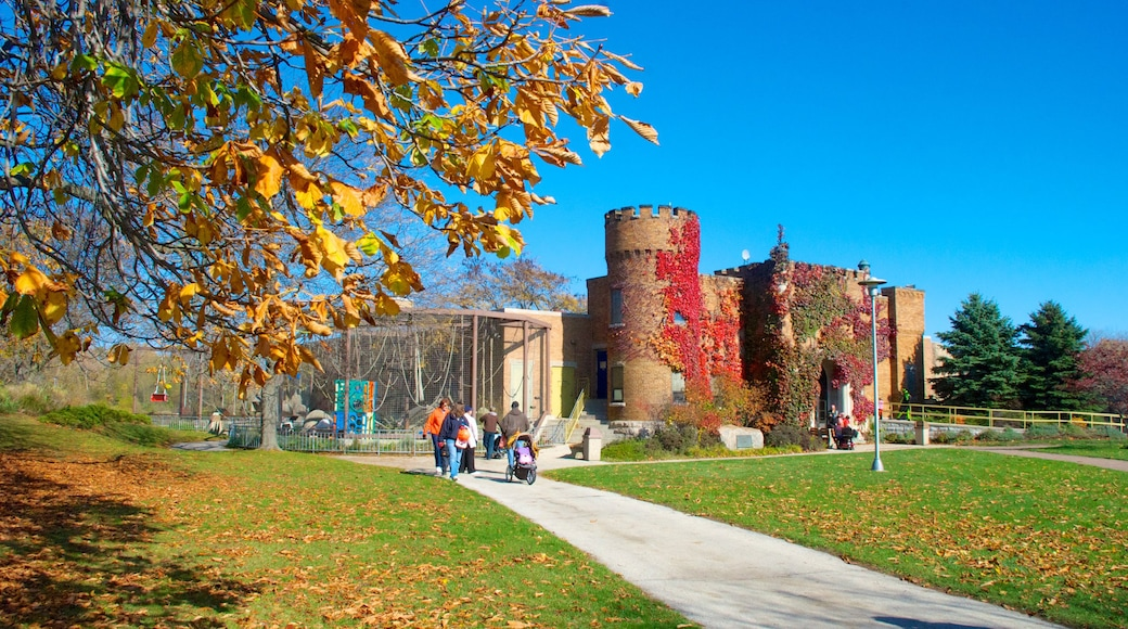 Racine Zoological Gardens featuring fall colors, a castle and heritage architecture
