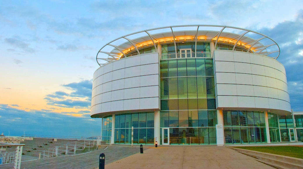 Discovery World which includes modern architecture
