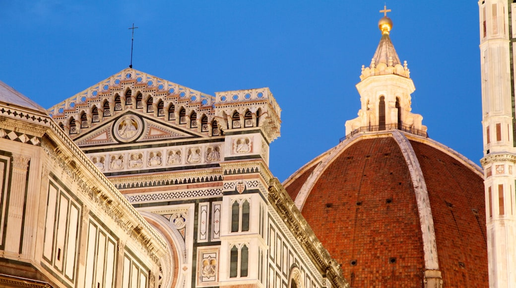 Piazza del Duomo featuring heritage architecture, a church or cathedral and religious aspects