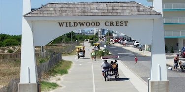 Wildwood Crest which includes street scenes and signage