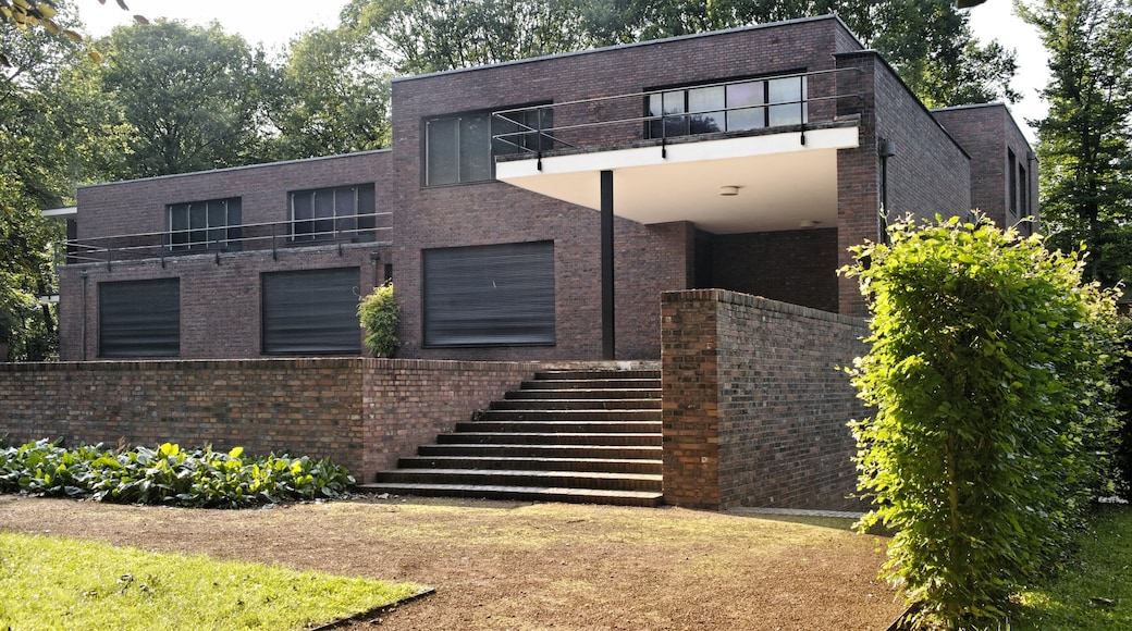 Krefeld featuring modern architecture and a house