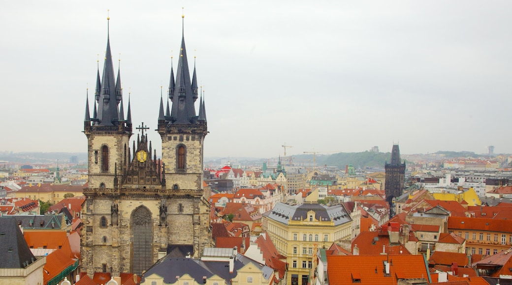 Tyn Church showing heritage architecture, a church or cathedral and religious elements