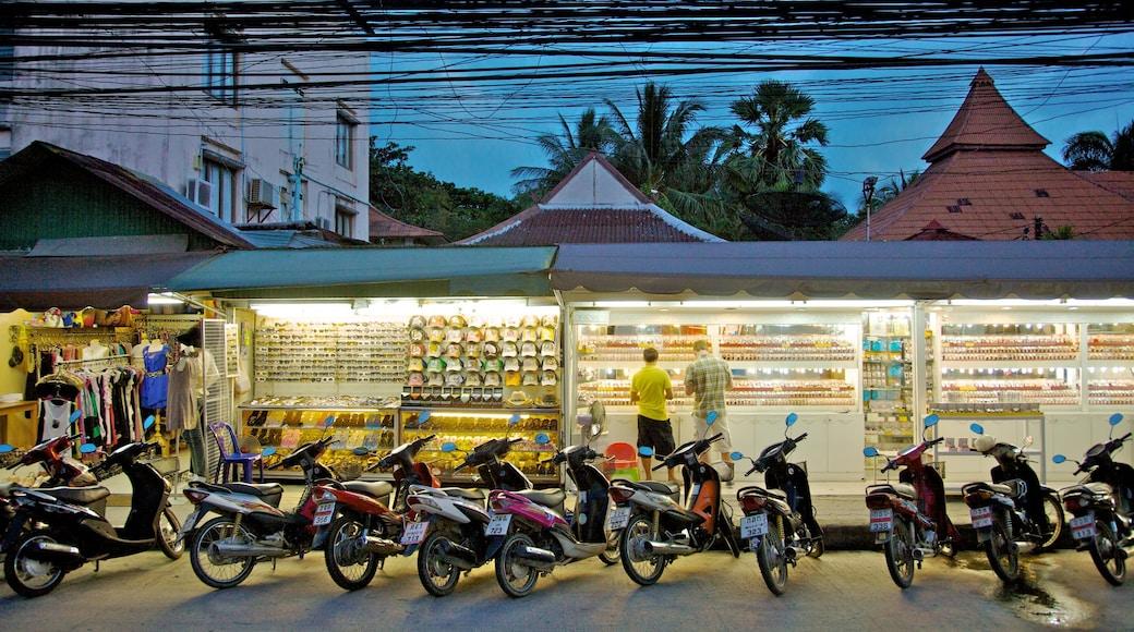 蘇梅島 呈现出 購物, 街道景色 和 市場