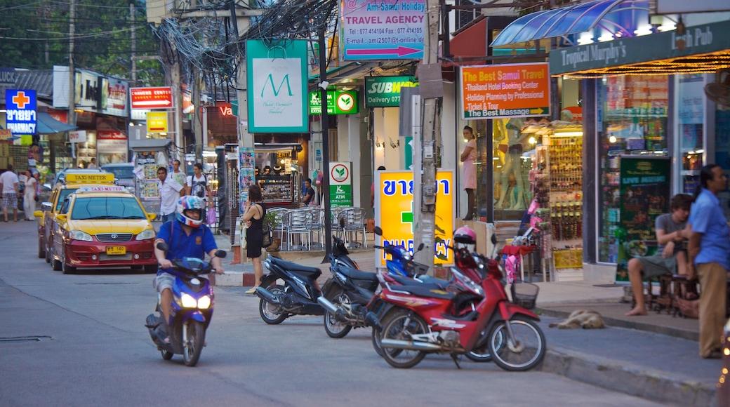 蘇梅島 设有 城市, 街道景色 和 騎電單車