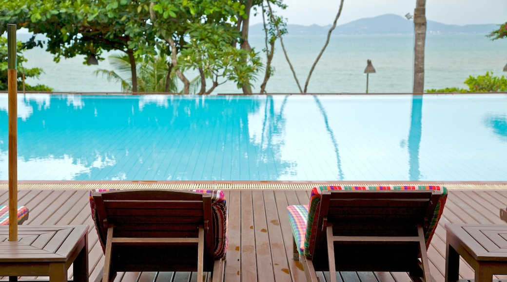 Pattaya which includes general coastal views and a pool