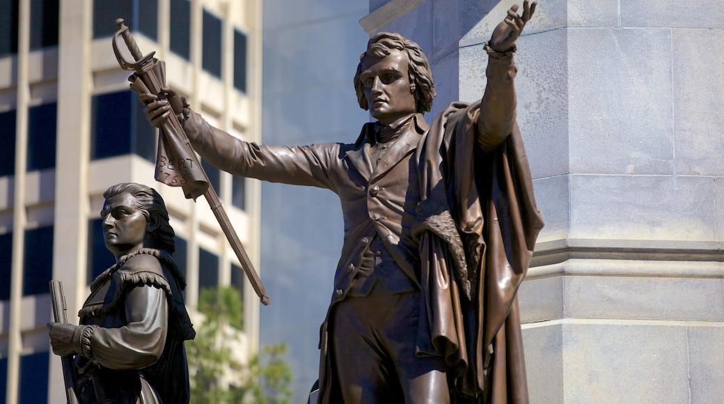 Virginia State Capitol mit einem Statue oder Skulptur