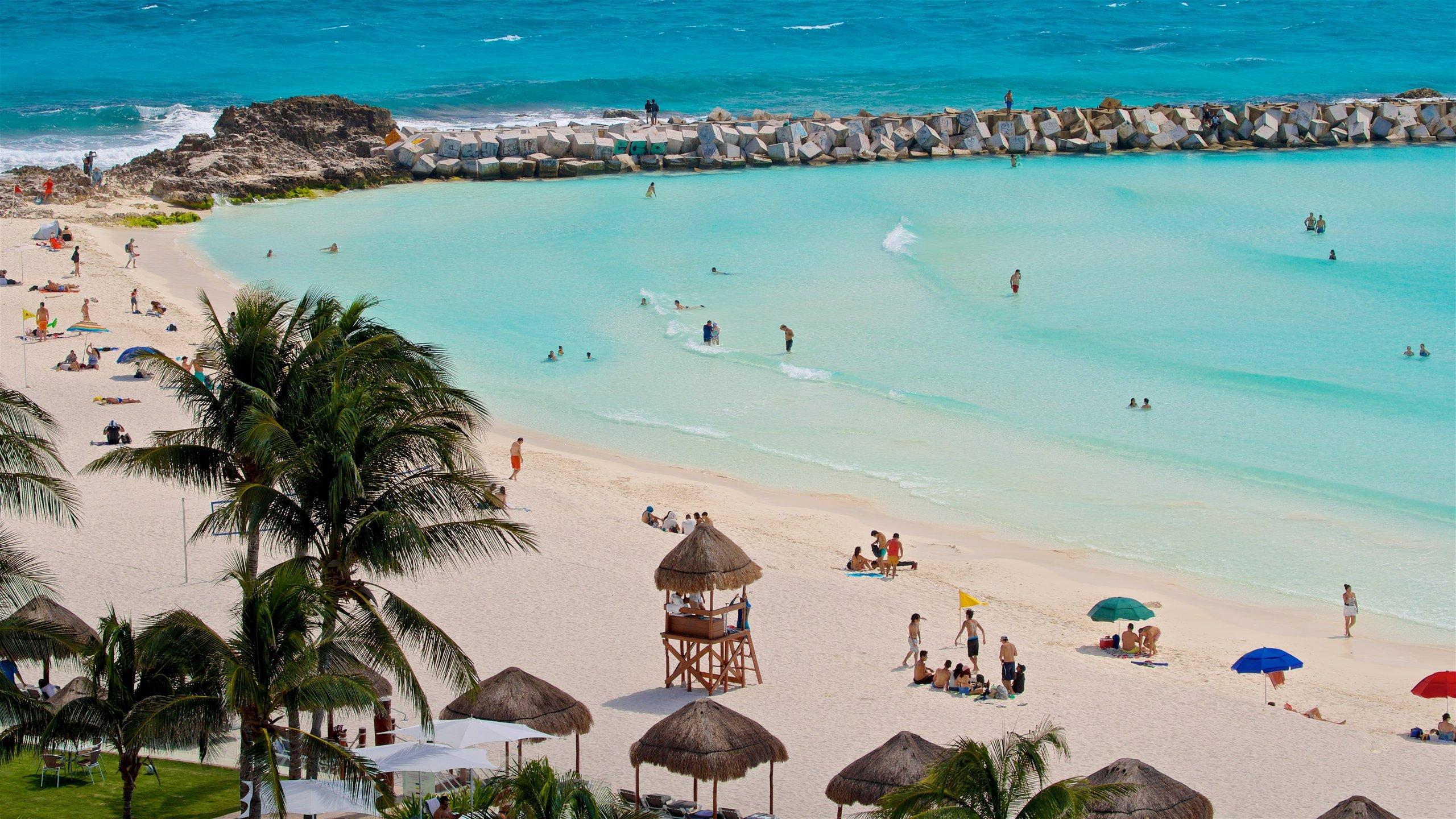 Avenida Kukulkan, Cancun, Quintana Roo, Mexico