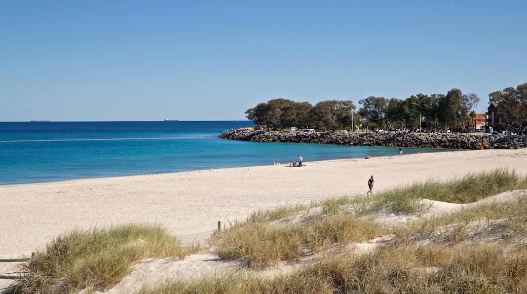 Sorrento Beach which includes a beach and general coastal views
