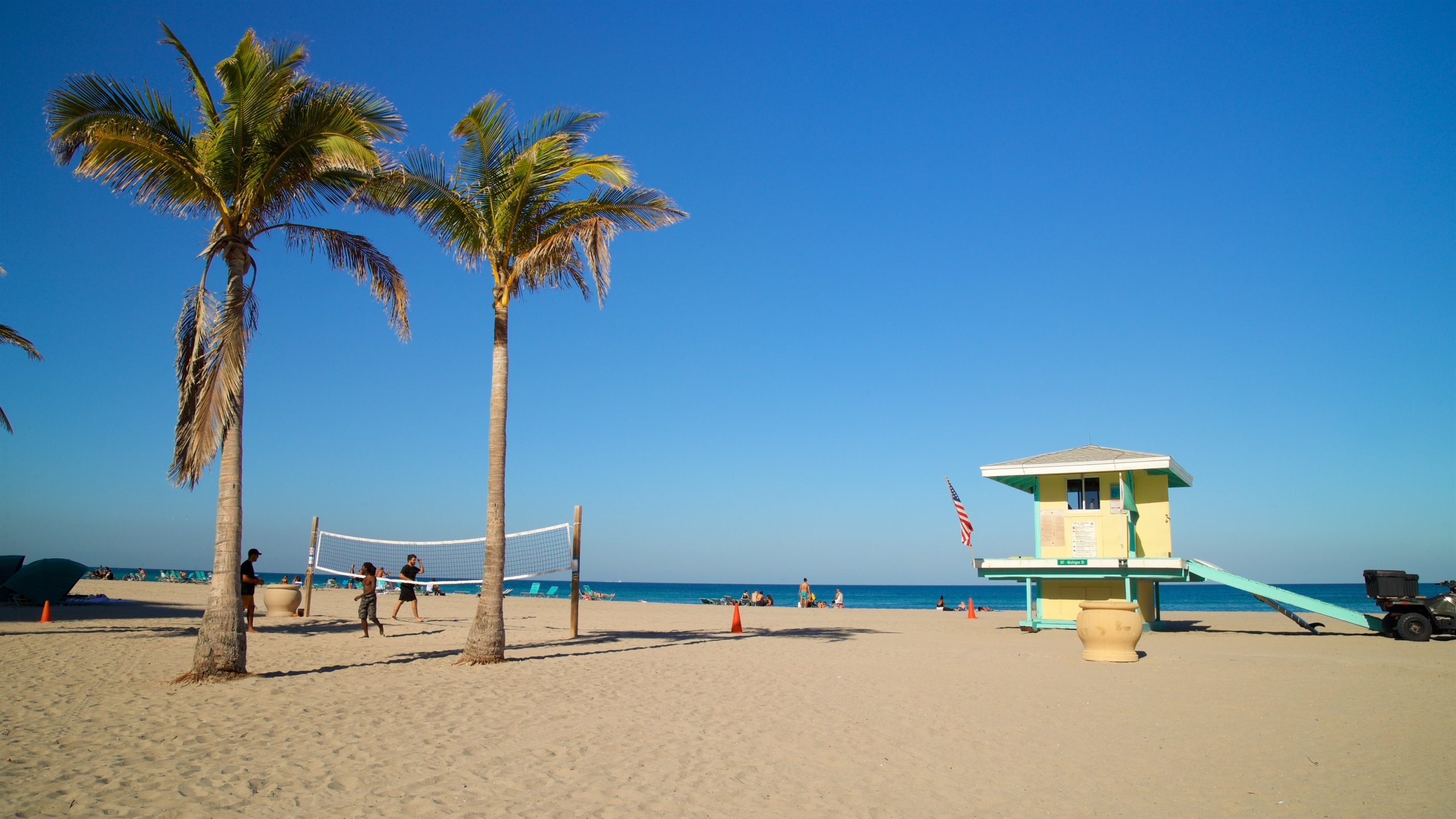 Hollywood Beach In Fort Lauderdale