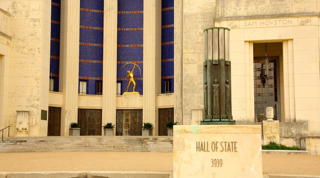 Hall of State which includes an administrative buidling and a monument