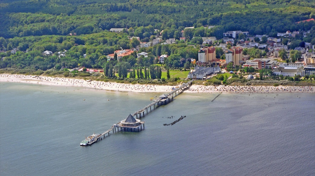 Heringsdorf das einen Küstenort und allgemeine Küstenansicht