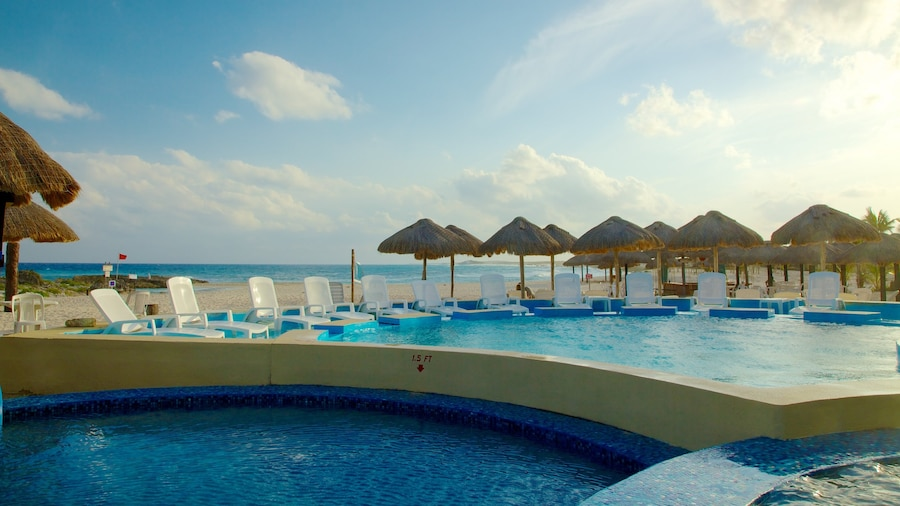 Cozumel which includes tropical scenes