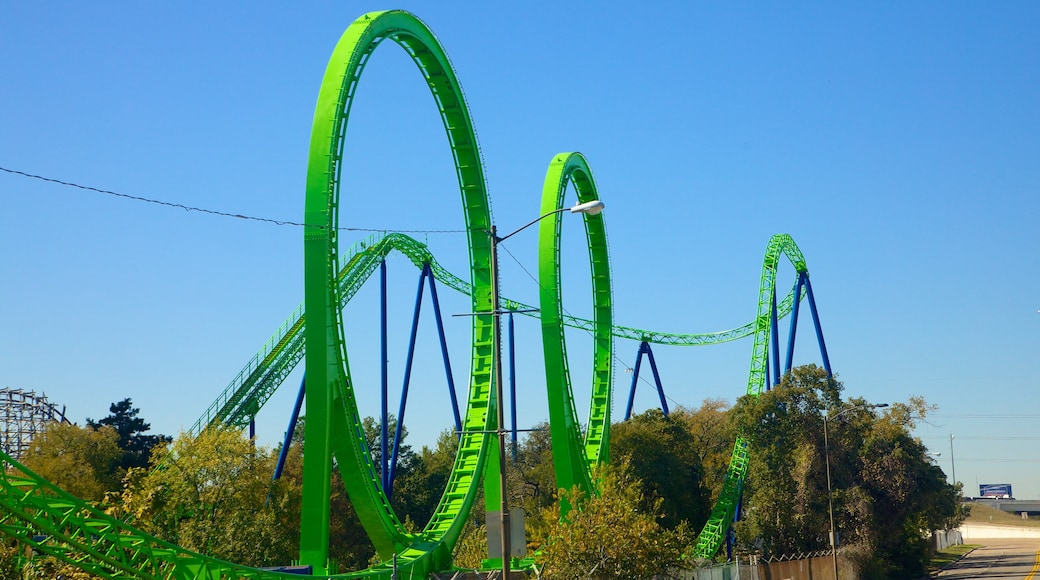 Six Flags Over Texas which includes rides