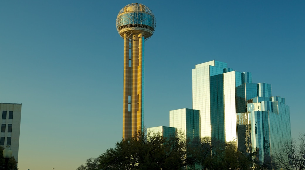 Reunion Tower showing a city, a high rise building and modern architecture