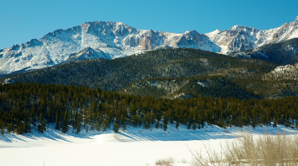 Pikes Peak showing hiking or walking, mountains and tranquil scenes