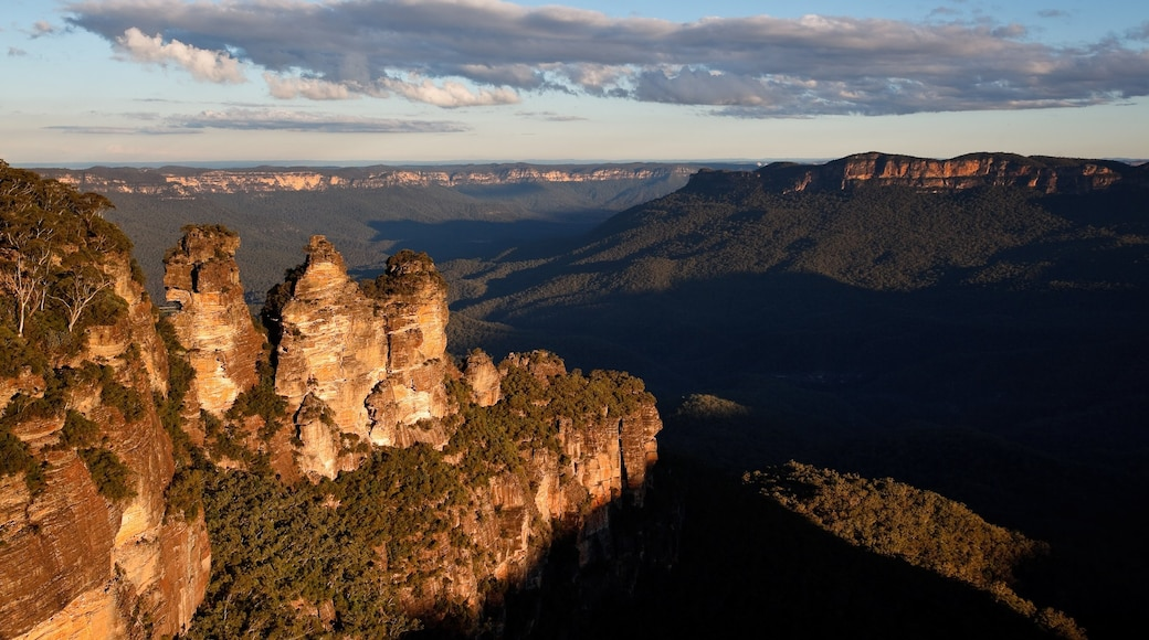 Blue Mountains featuring mountains and landscape views