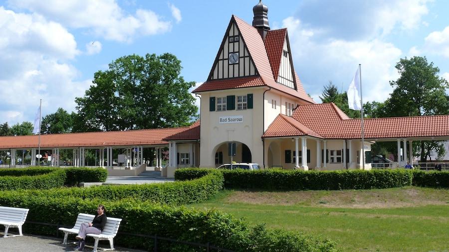 Bad Saarow das einen moderne Architektur
