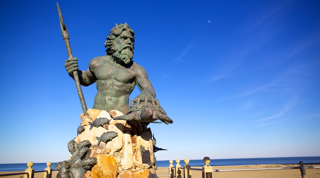 Virginia Beach showing outdoor art and a statue or sculpture
