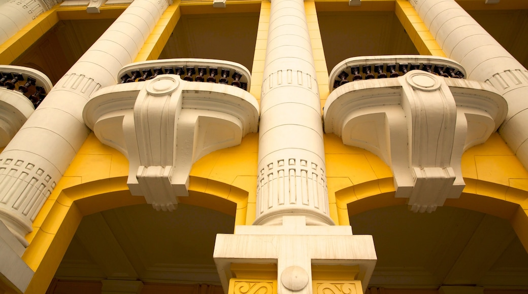 Hanoi Opera House featuring theatre scenes
