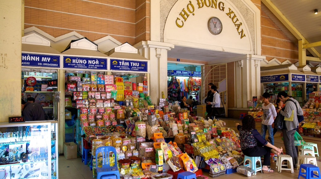 Mercato Dong Xuan caratteristiche di strade, cibo e vista interna