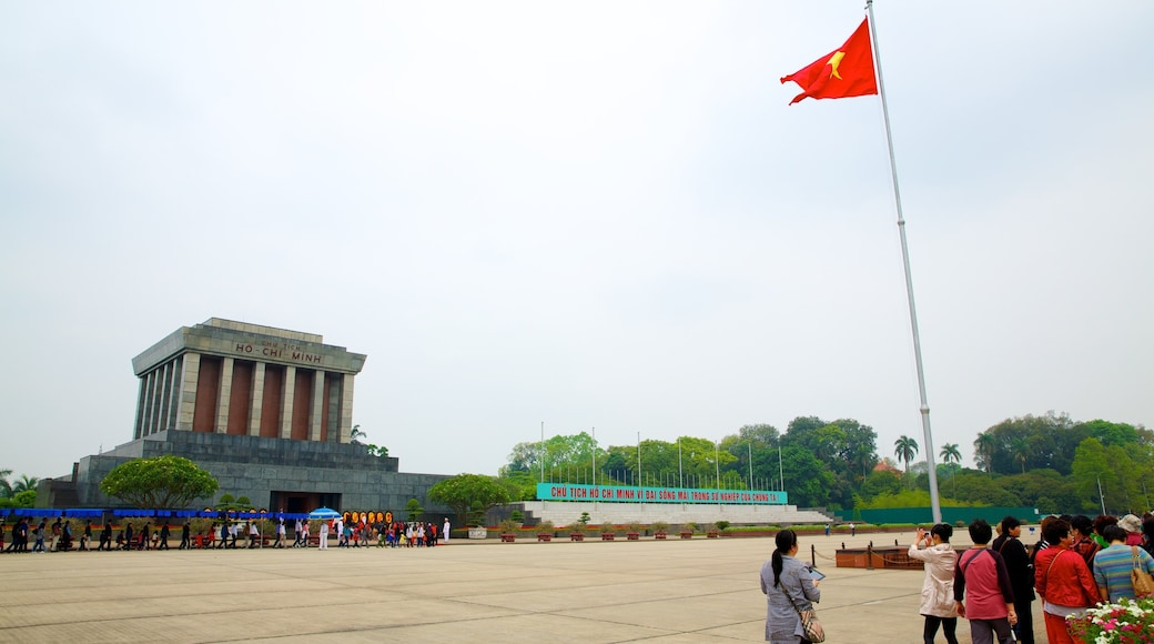 Ho Chi Minh Mausoleum featuring a memorial