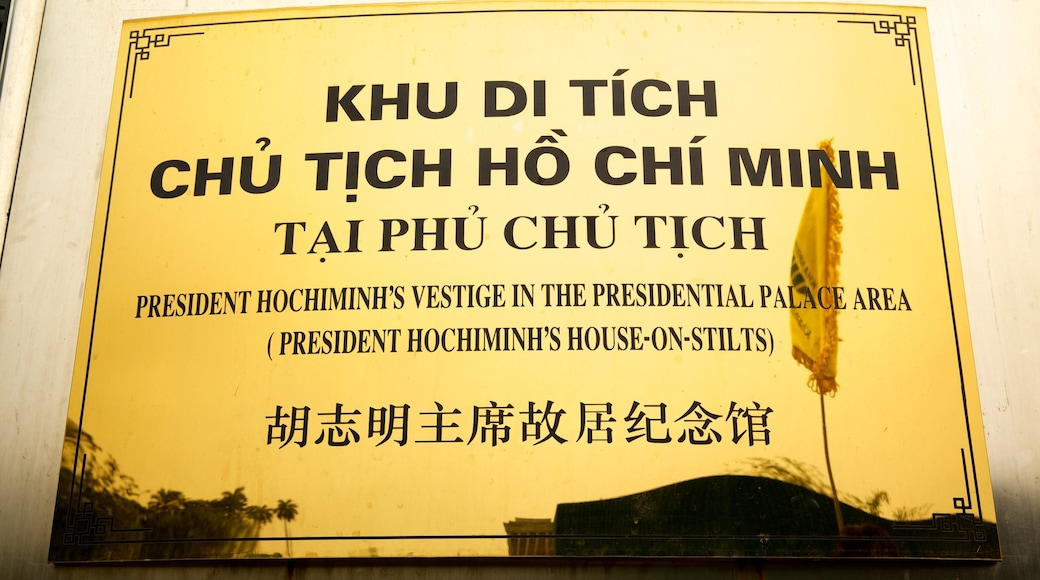 Ho Chi Minh Mausoleum featuring a memorial and signage