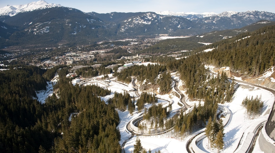 Whistler Sliding Centre featuring mountains, snow and landscape views