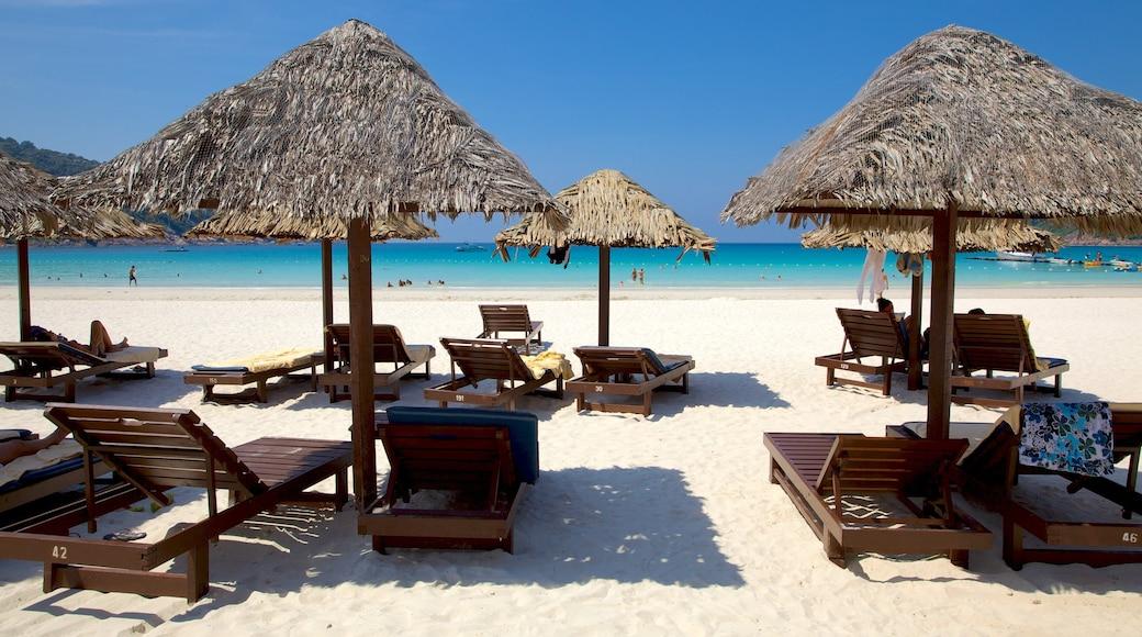 熱浪島 设有 海灘