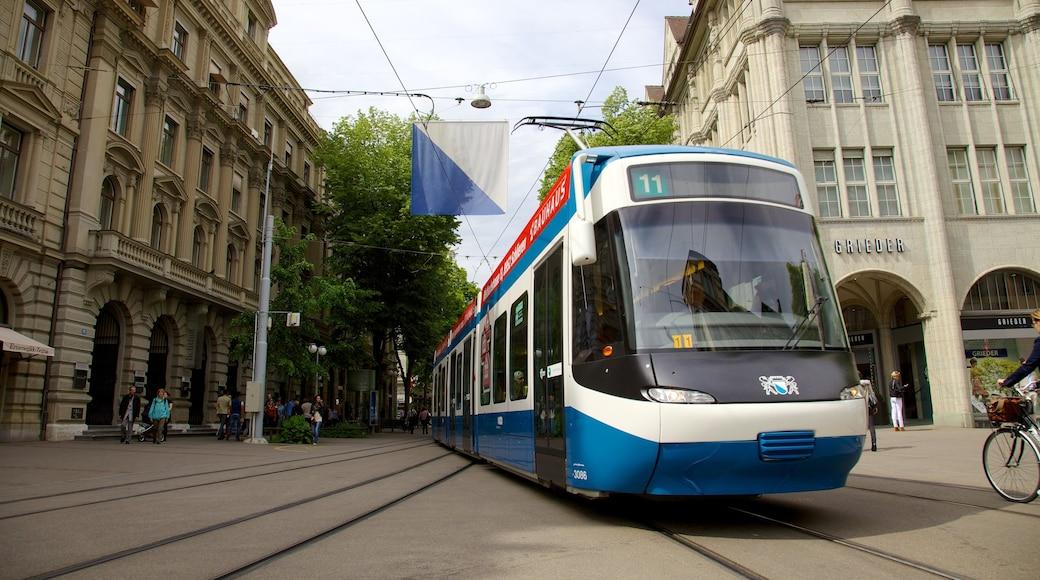 Bahnhofstrasse 其中包括 城市, 鐵路收藏品 和 街道景色