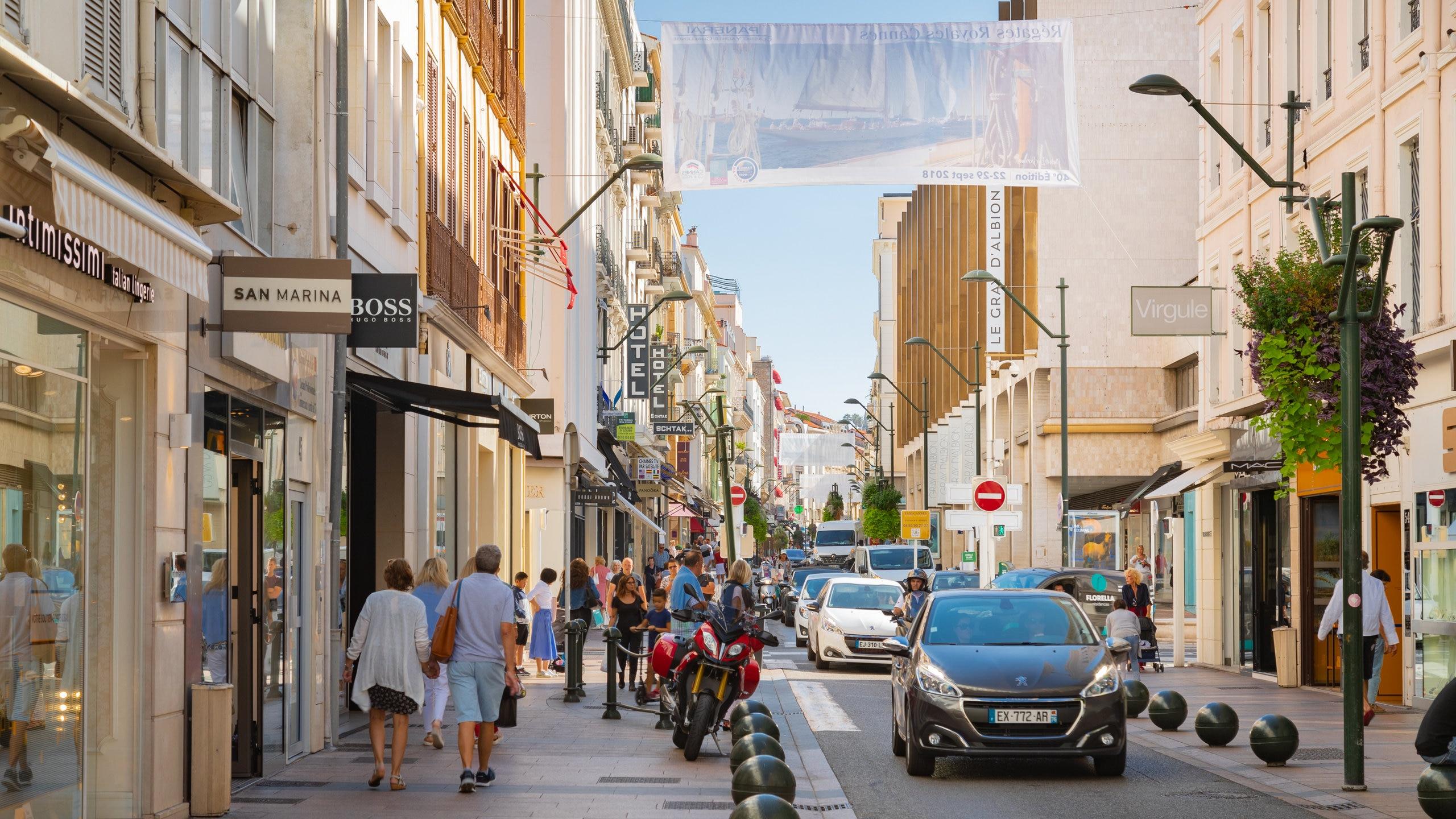 Rue d'Antibes, Cannes, Alpes-Maritimes, France
