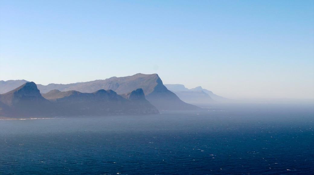 Capo di Buona Speranza caratteristiche di montagna, nebbia e foschia e vista del paesaggio