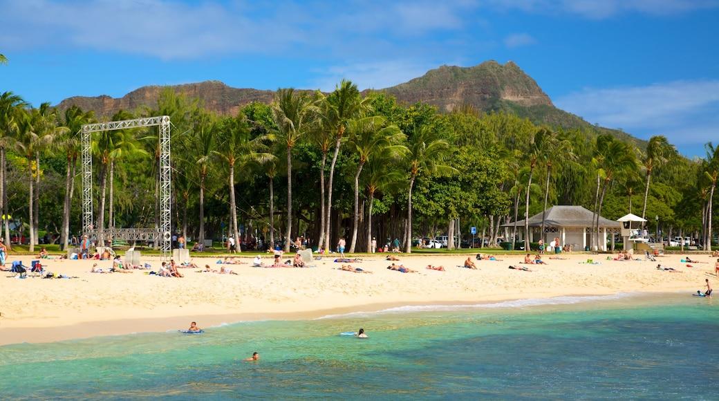 Kapiolani Park featuring a beach, swimming and landscape views