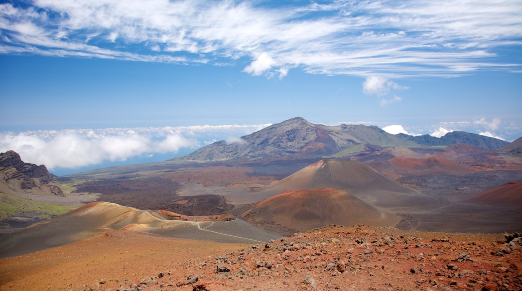 Haleakala Crater showing a gorge or canyon, tranquil scenes and landscape views