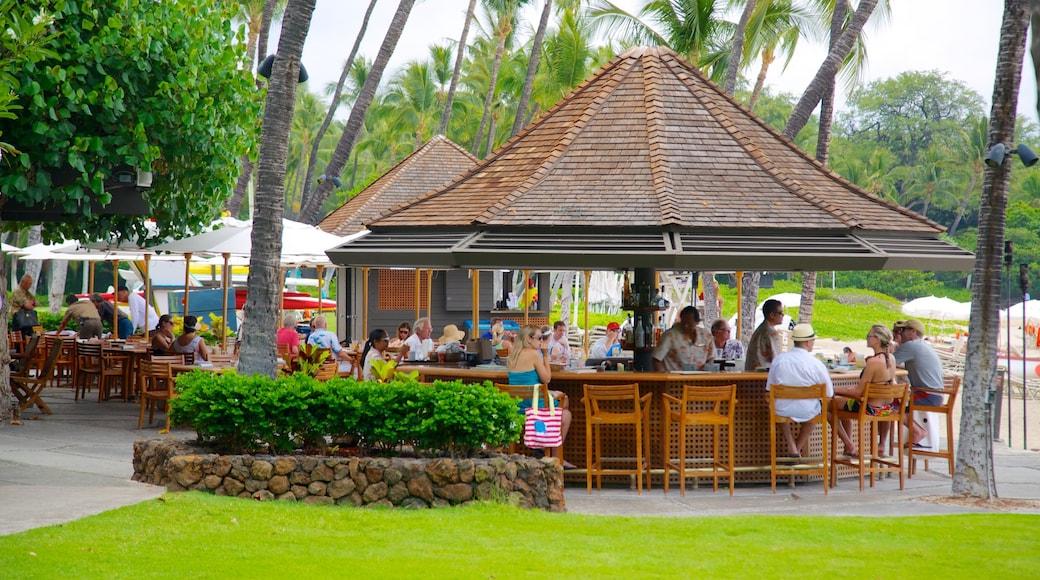 Mauna Kea das einen Strandbar, Essen im Freien und Fahrten