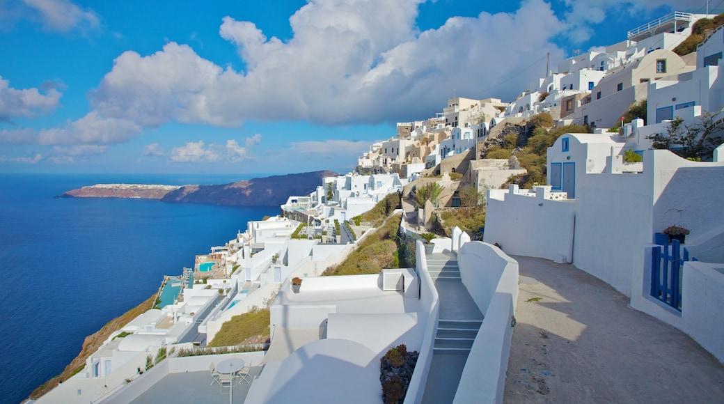 Firá featuring general coastal views and a coastal town