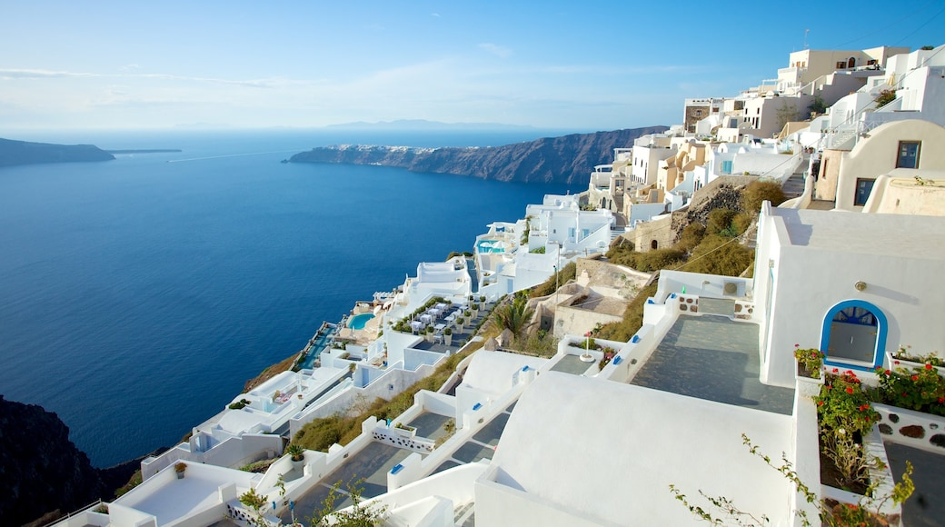 Fira featuring general coastal views, rocky coastline and island images